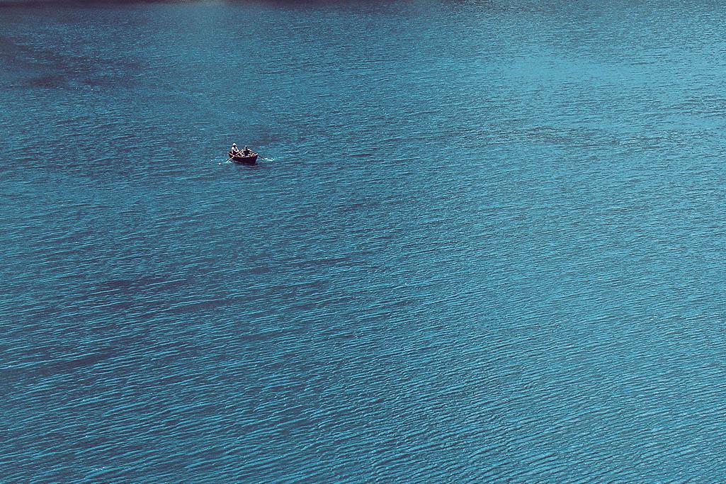 Boot im Pragser Wildsee