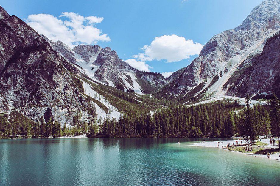 Am Ufer des Lago di Braies