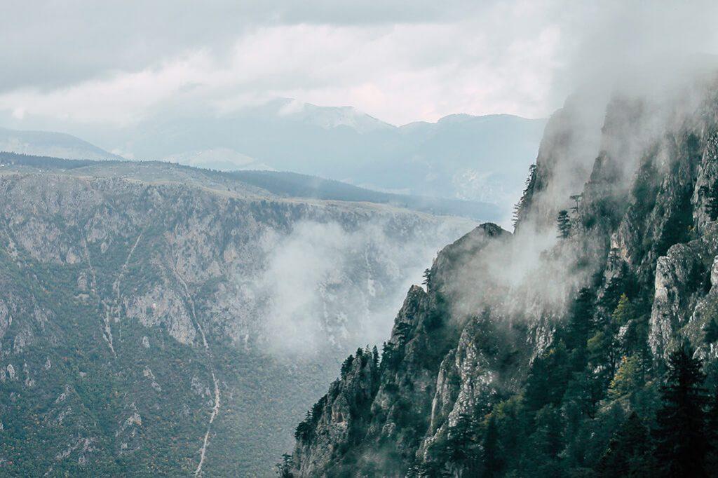 Bergwelt im Durmitor Gebirge