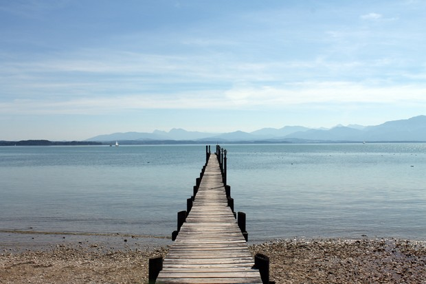 Holzsteg am Chiemsee