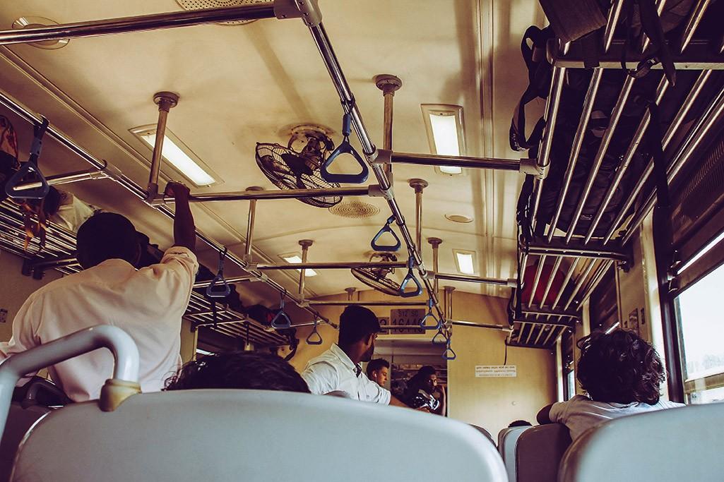 Blick ins Zuginnere auf der Strecke Ella nach Kandy