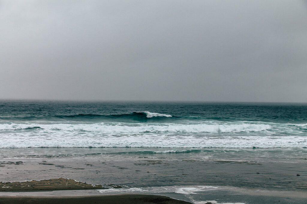 Blick auf das Meer auf den lofoten
