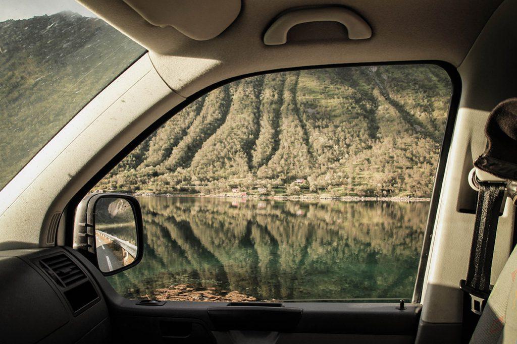 Aussicht aus dem Autofenster