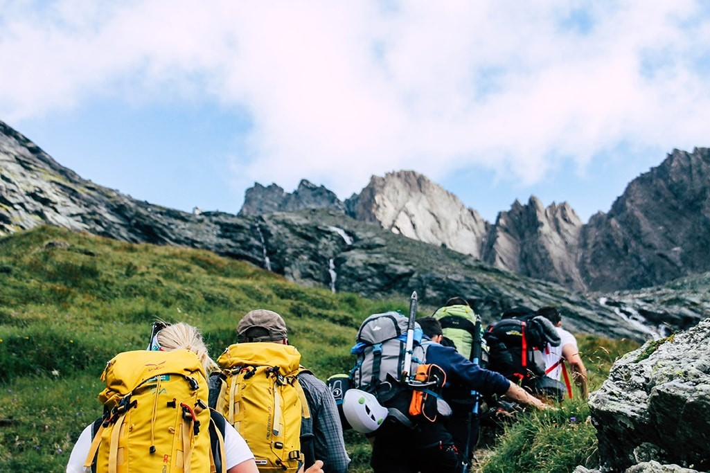 Wanderer auf dem weg zur Stuedlhuette