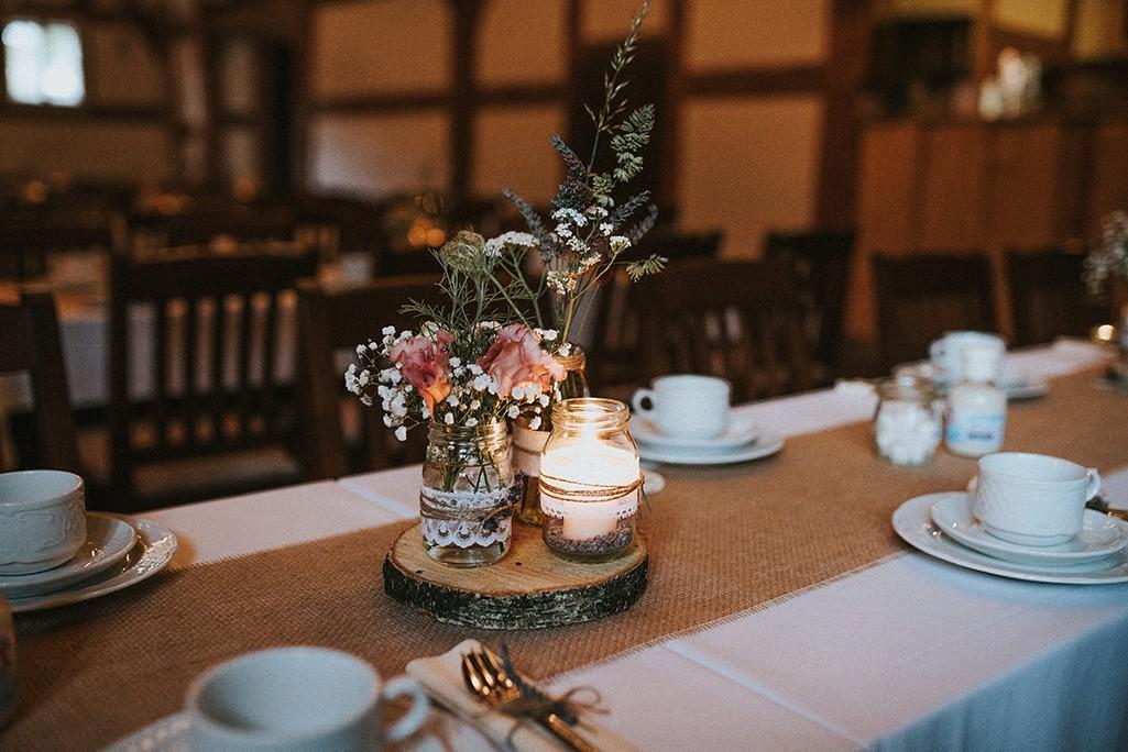 Vintage Tischdeko Scheunenhochzeit