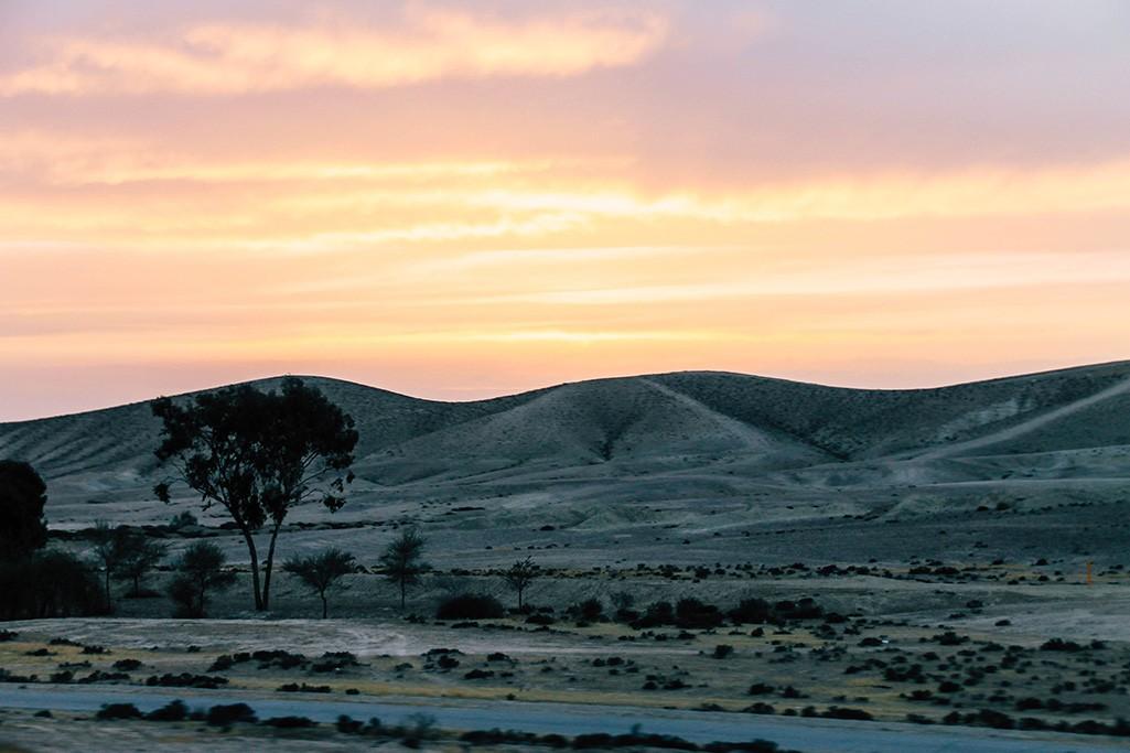Sonnenuntergang in der Wueste Negev