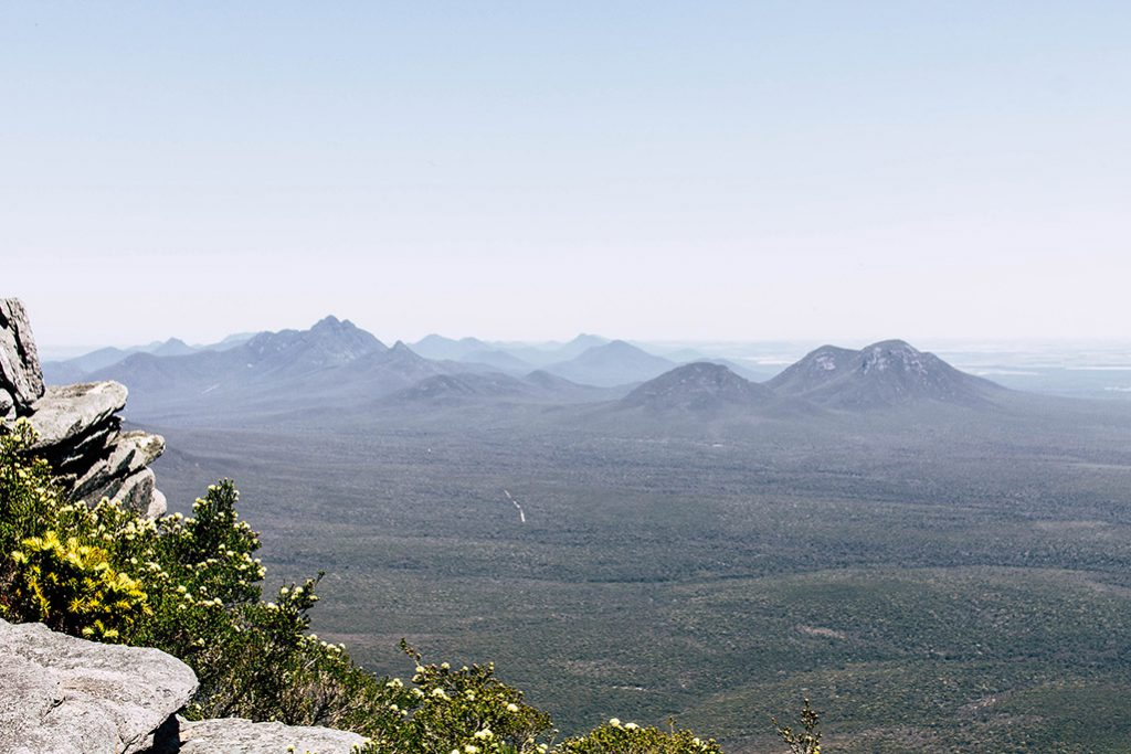 Aussicht vom Bluff Knoll auf die umliegenden Berge
