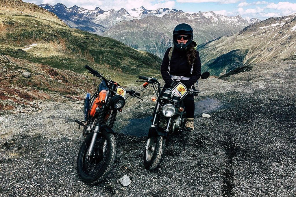 Moped am Tiefenbachgletscher im Oetztal