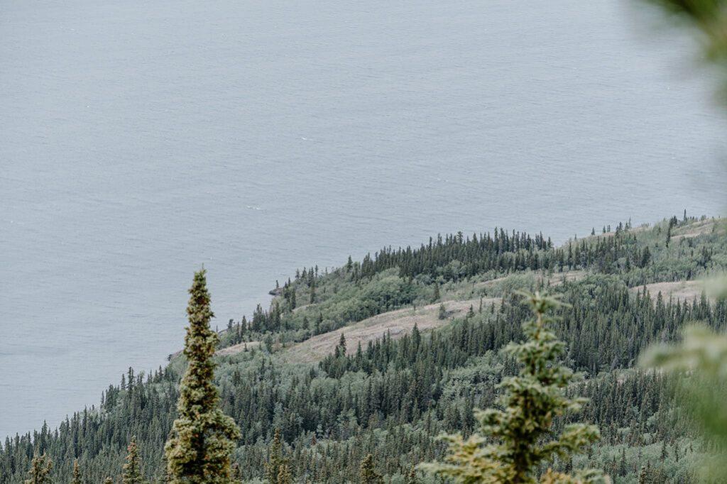 Lake Laberge im Yukon
