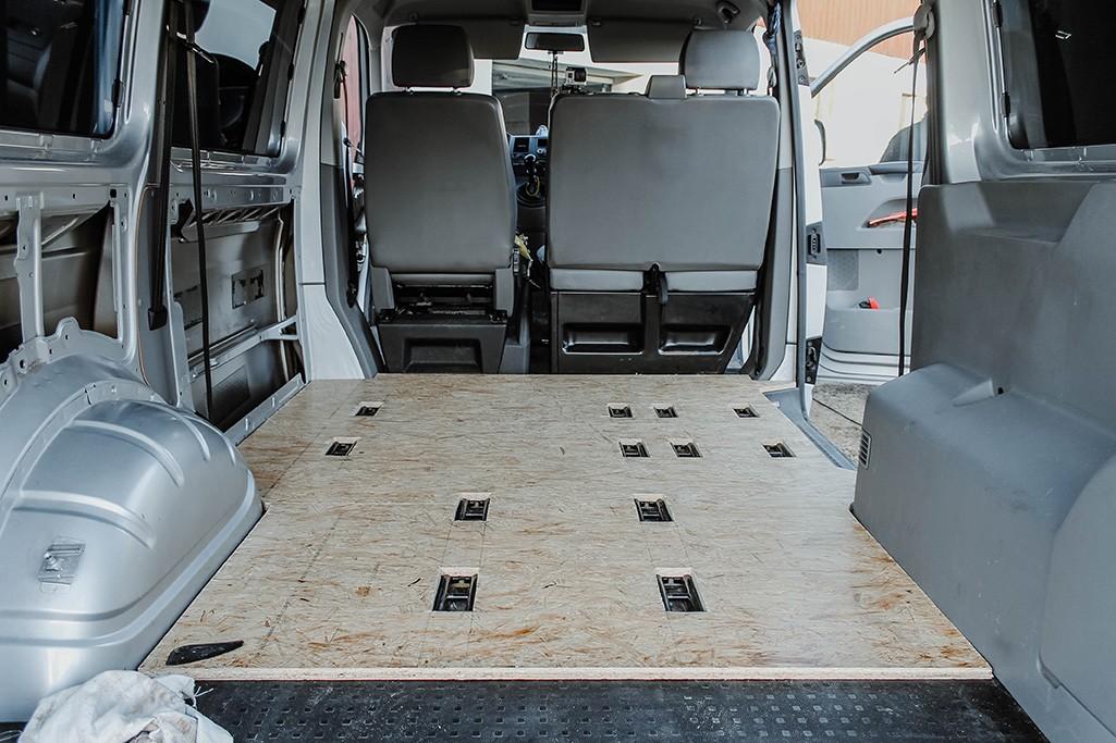OSB-Platten als Bodenplatte für VW T5