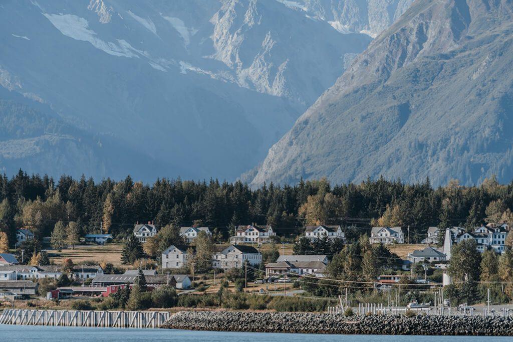 Blick auf Haines in Alaska