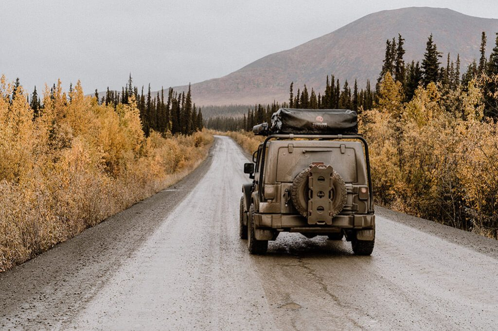 Roadtrip Yukon Jeep auf Dempster Highway