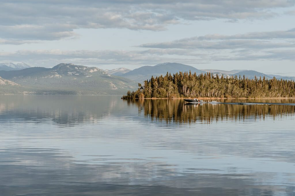 Lake Laberge am Klondike Highway