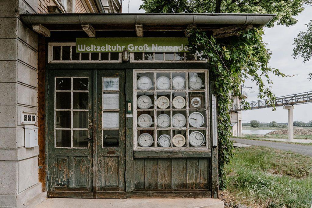 Weltzeituhr Groß Neuendorf