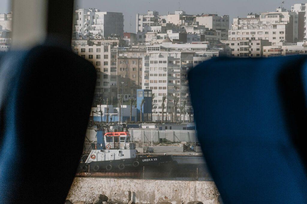 Blick auf Tanger von Fähre Tarifa