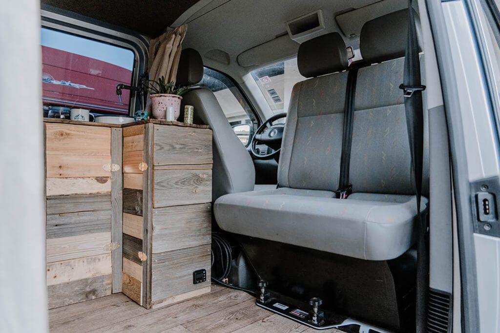 Beifahrersitz drehbar VW T5