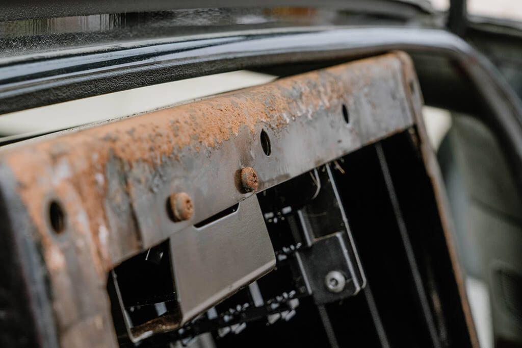 VW T5 Rostbekämpfung Doppelsitzbank