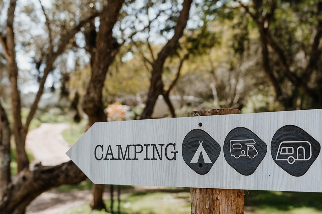 Wegweiser Campingplatz Algarve
