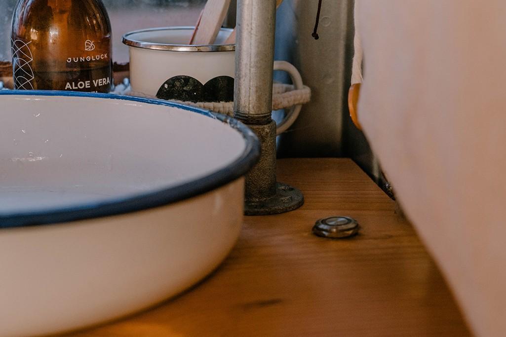 Waschbecken aus Emaille für Küchenblock T5