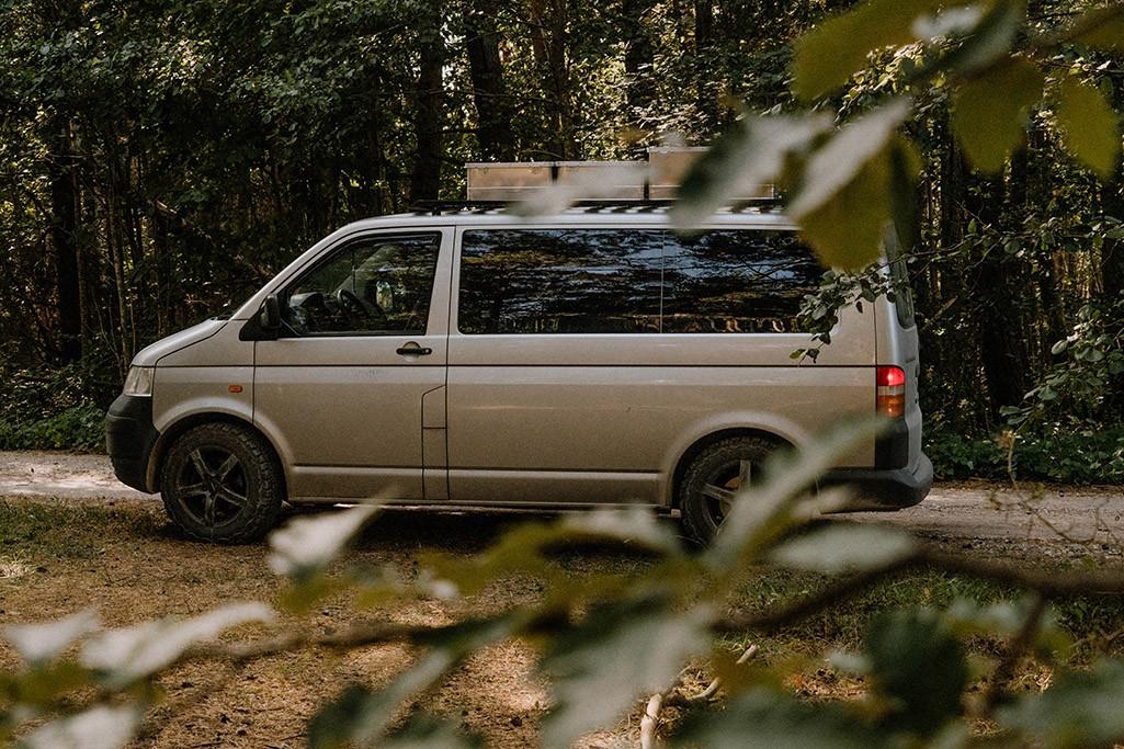 VW T5 Camper in Wald