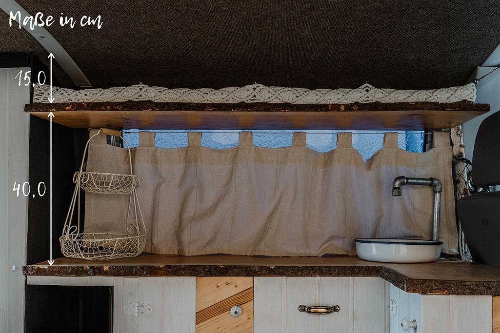 Küche + Regal in Camper mit Maßen